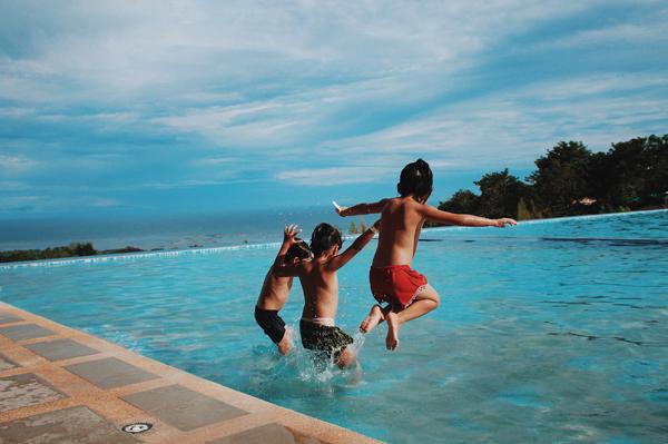 Zwemmen met een zwembril op sterkte. Voor jong & oud!